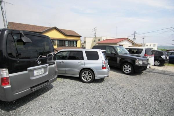 きよみ荘の駐車場